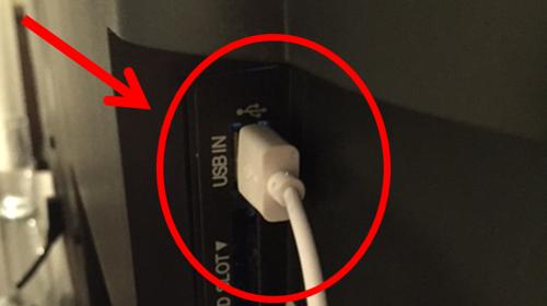 Disse adapterne trenger du for å få ladet mobilen på ferie