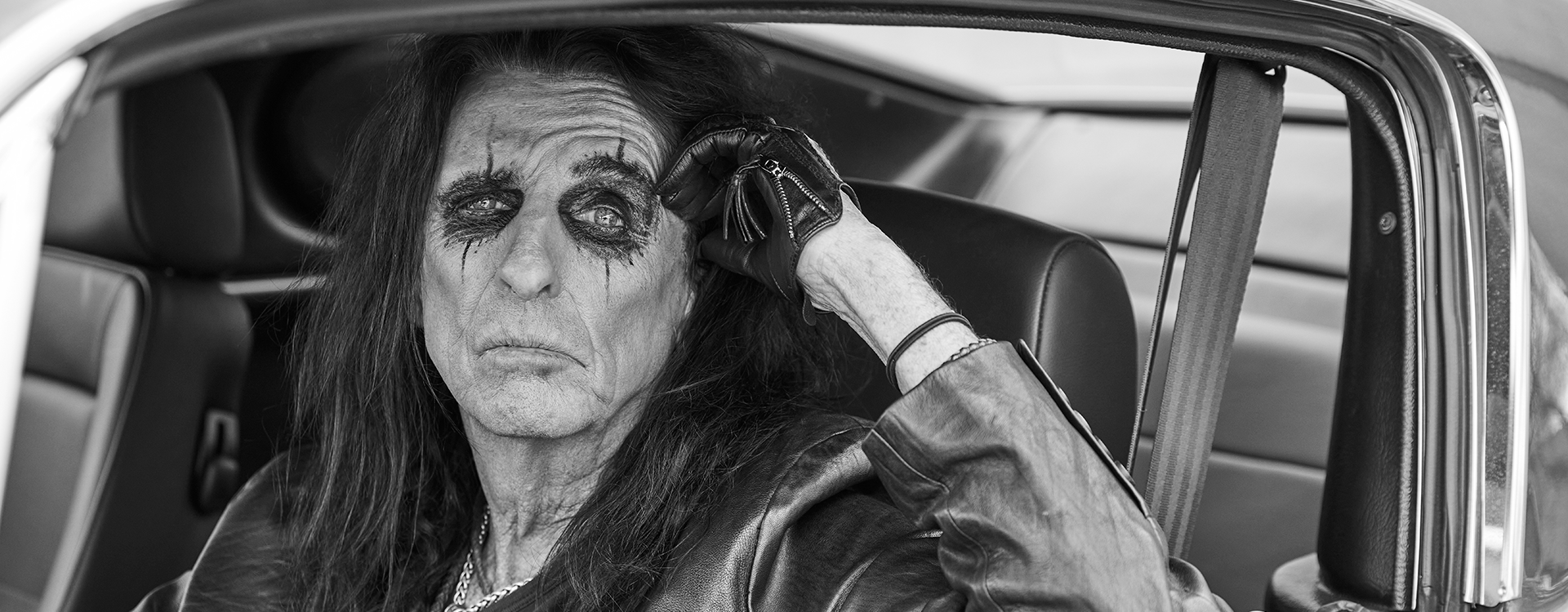 Vinn meet & greet med Alice Cooper!